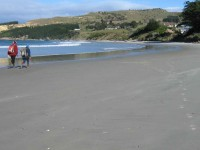 Beach, Puketeraki. Hazel, Ria.