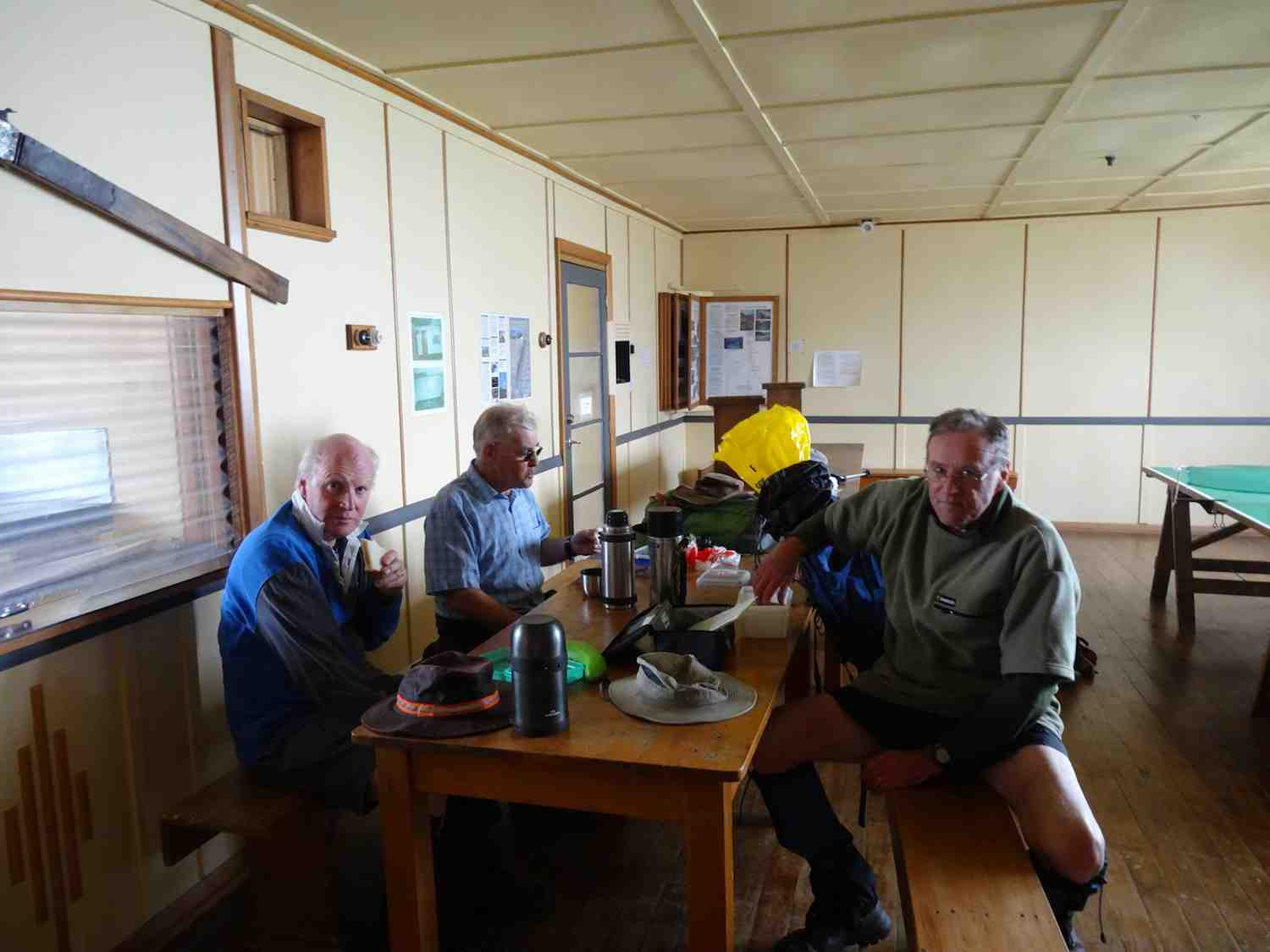 Lunch in Big Hut. (Keith pic)