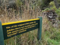 Sign at site of old Jubilee Hut (Ian pic, Ken caption)